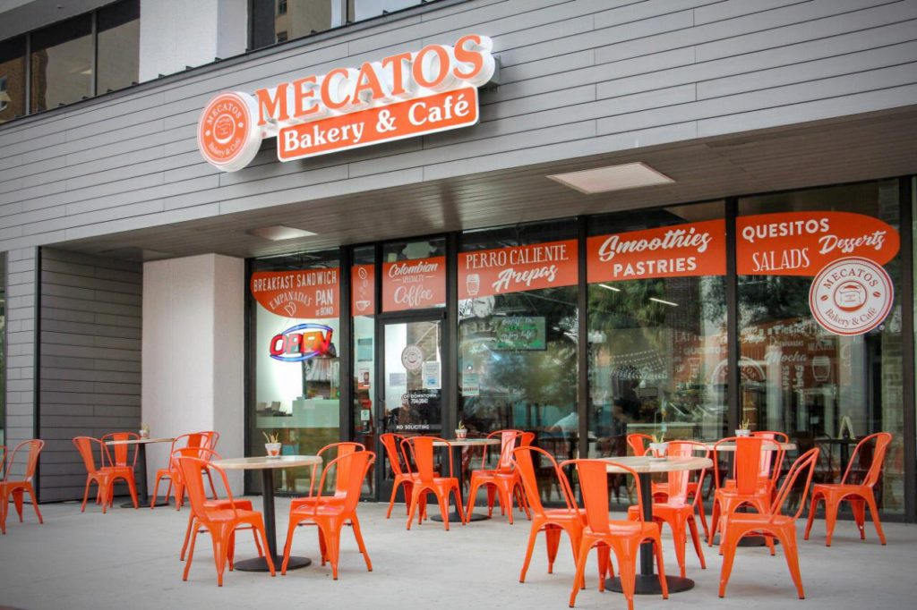 Downtown Orlando Cafe with outdoor seating